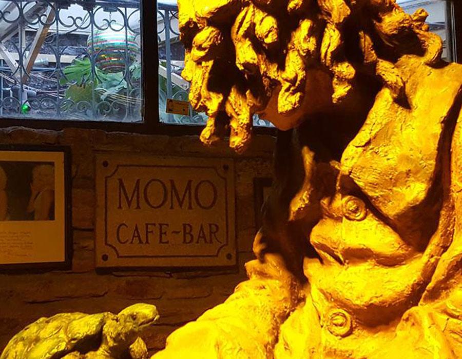 Estatua de Momo